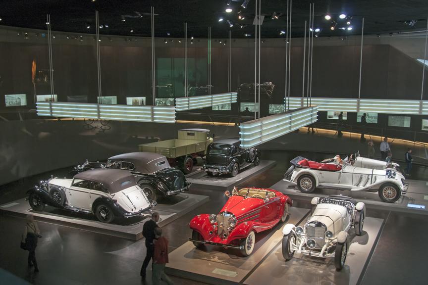 Mercedes-Museum-2012-10-Apr-043-864x576